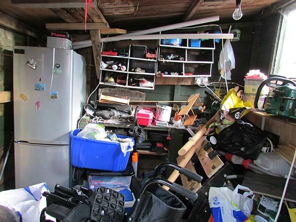 Declutter your garage in 5 easy steps!
